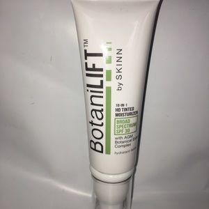 Other - Skinn BotaniLift 10-In-1 HD Tinted Moisturizer